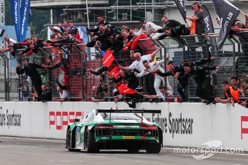 Checkered Flag For Audi Sport Team LandMotorsport Audi R LMS - Checkered flag audi