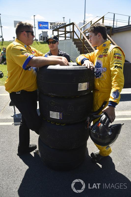 Todd Gilliland, Kyle Busch Motorsports, Toyota; David Gilliland
