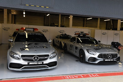 Medical Car and Safety Car