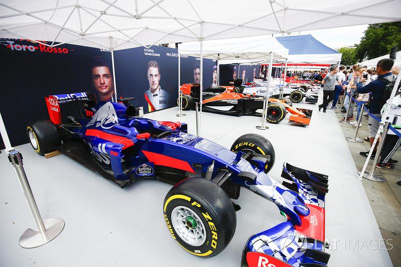 Tenda Toro Rosso