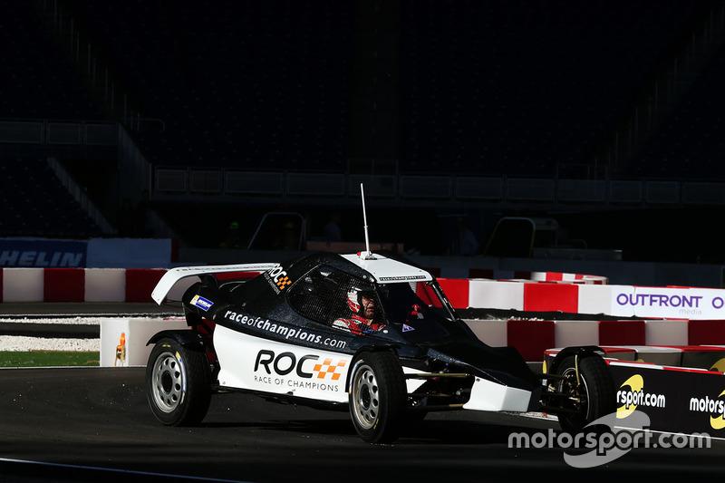 Tom Kristensen maneja el ROC Car