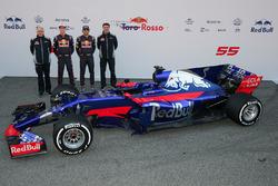 Franz Tost, Team Principal Scuderia Toro Rosso, Daniil Kvyat, Carlos Sainz Jr., Scuderia Toro Rosso STR12, James Key, directeur technique Scuderia Toro Rosso