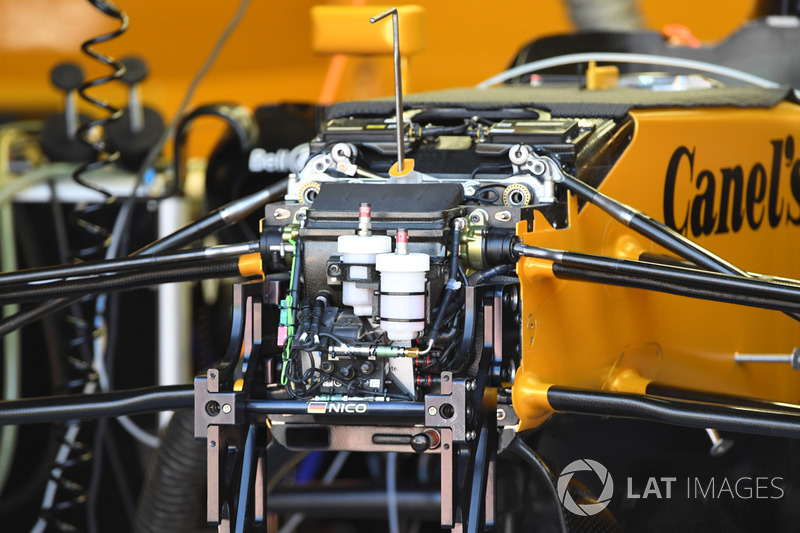 Renault Sport F1 Team RS17 front suspension, chassis and brake reservoir
