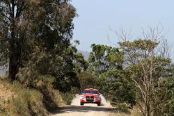 Harry Bates, John McCarthy, Toyota Corolla S2000