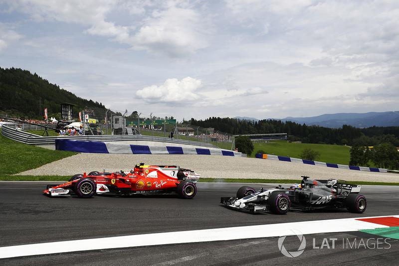 Кімі Райкконен, Ferrari SF70H, Даніель Ріккардо, Red Bull Racing RB13, Ромен Грожан, Haas F1 Team VF-17