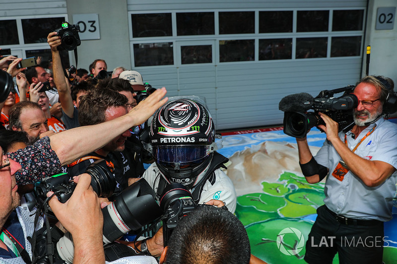 Переможець гонки Валттері Боттас, Mercedes AMG F1