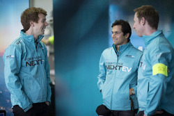 Oliver Turvey, NEXTEV TCR Formula E Team, and Nelson Piquet Jr., NEXTEV TCR Formula E Team