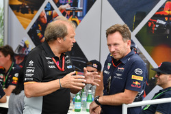 Robert Fearnley, Sahara Force India F1 Team Deputy Team Principal and Christian Horner, Red Bull Racing Team Principal