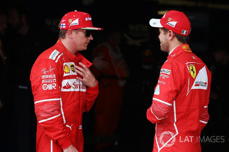Kimi Raikkonen, Ferrari, con Sebastian Vettel, Ferrari