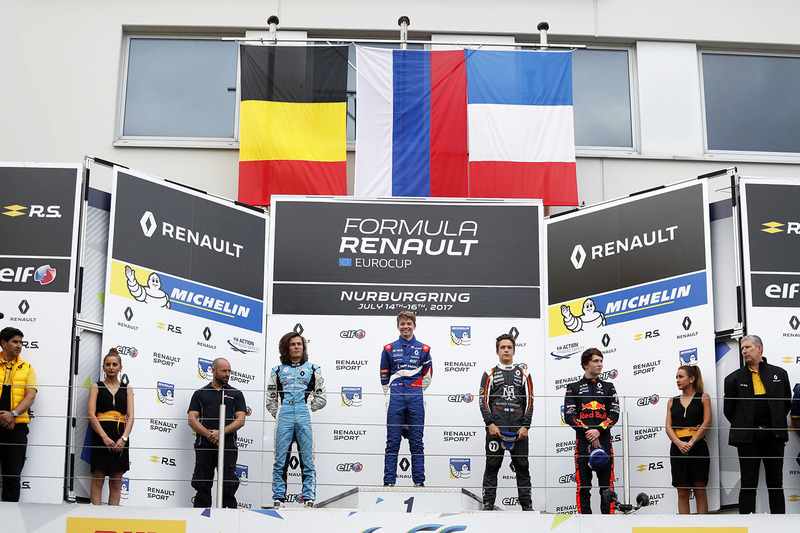 Podium: race winner Robert Shwartzman, Josef Kaufmann Racing, Max Defourny, R-ace GP, Sacha Fenestraz, Josef Kaufmann Racing, Dan Ticktum, Arden Motosport