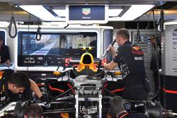 Передня частина Red Bull Racing RB13