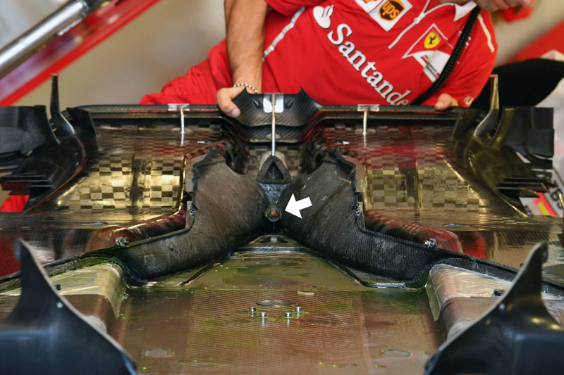 Ferrari SF70H floor-starter hole