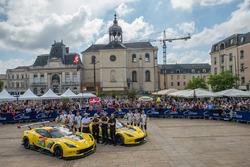 #63 Corvette Racing Chevrolet Corvette C7.R: Jan Magnussen, Antonio Garcia, Mike Rockenfeller, #64 Corvette Racing Chevrolet Corvette C7.R: Oliver Gavin, Tommy Milner, Marcel Fassler
