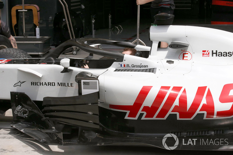 Haas F1 Team VF-18 sidepods detail