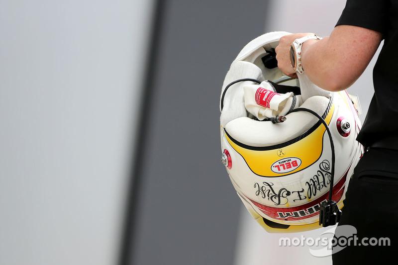 Lewis Hamilton, Mercedes AMG F1 Team helmet
