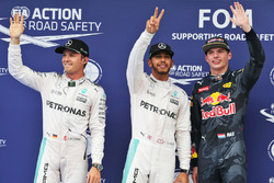 Polesitter Lewis Hamilton, Mercedes AMG F1 Team, second place Nico Rosberg, Mercedes AMG F1 Team, third place Max Verstappen, Red Bull Racing