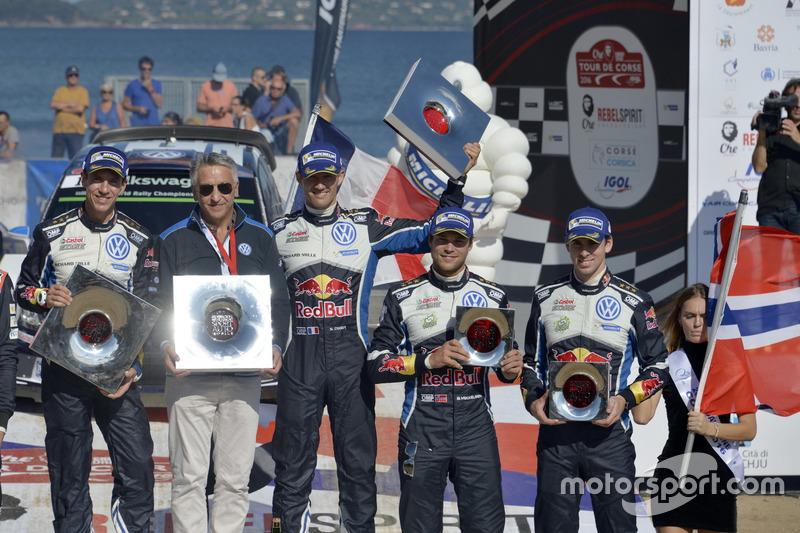 Thierry Neuville, Nicolas Gilsoul, Hyundai i20 WRC, Hyundai Motorsport; Sébastien Ogier, Julien Ingr