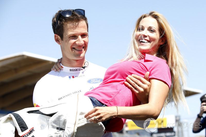 Sébastien Ogier con su mujer Andrea Kaiser