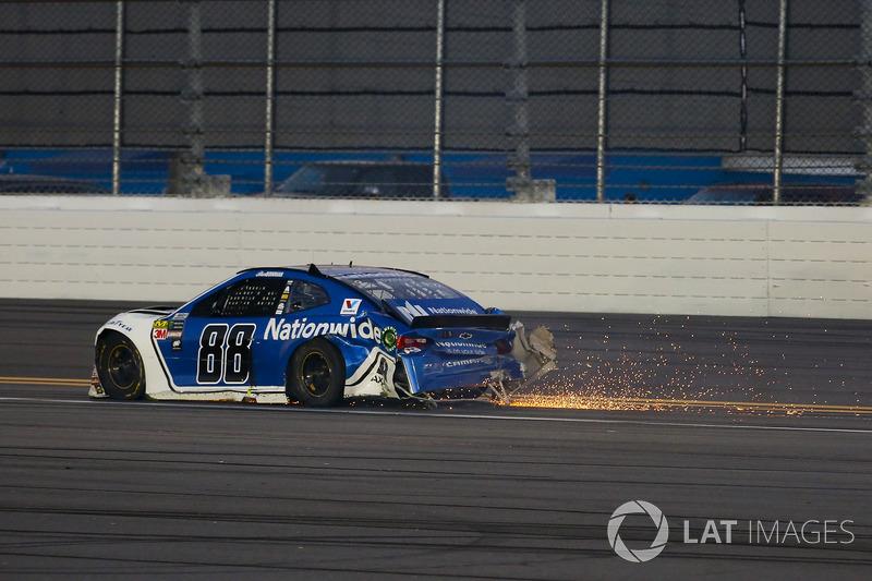 Alex Bowman, Hendrick Motorsports Chevrolet Camaro na crash