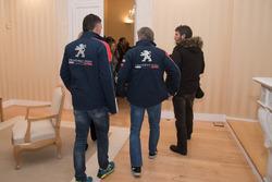 Карлос Сайнс, Лукас Крус, Peugeot Sport