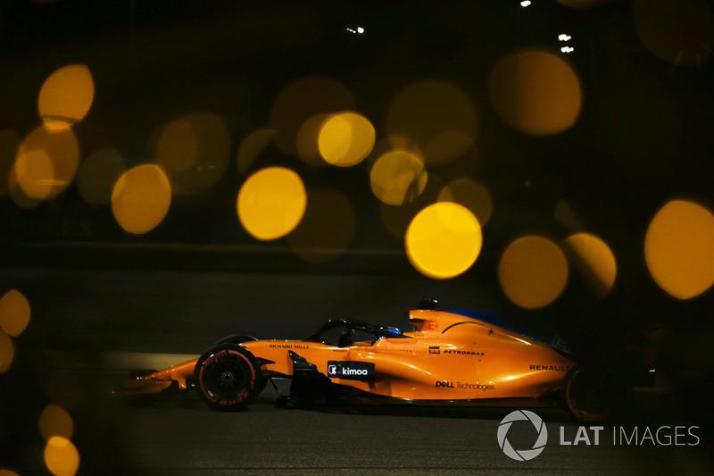 13: Fernando Alonso, McLaren MCL33, 1'30.212