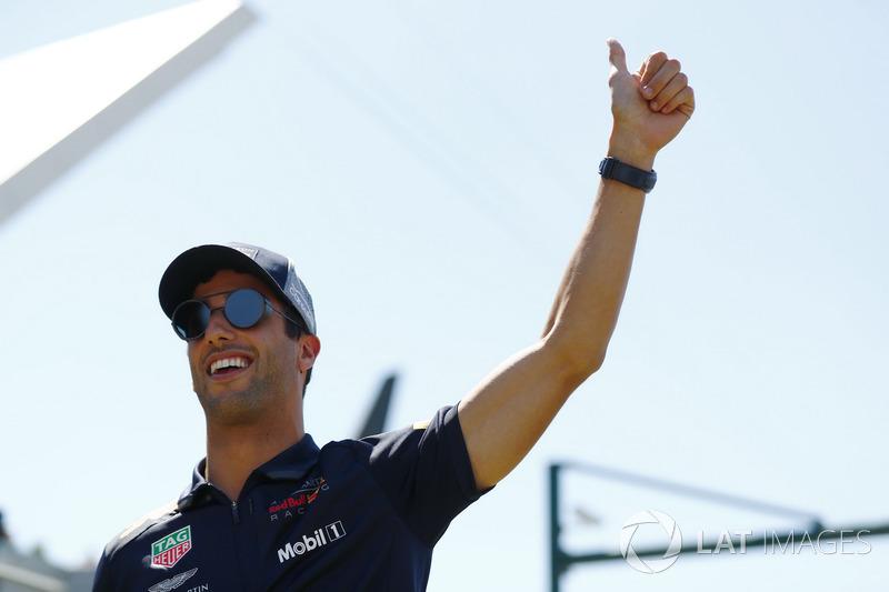 Daniel Ricciardo - Red Bull Racing: 6