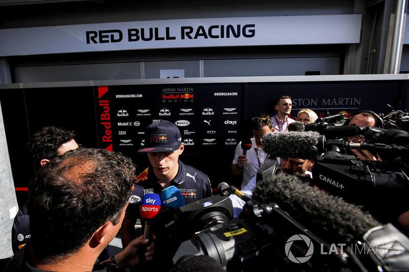Max Verstappen, Red Bull Racing parla con i media