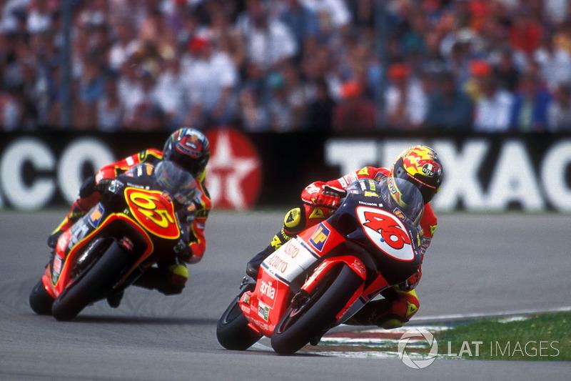 2ª: 1998 Valentino Rossi (Nastro Azzurro Aprilia - 250)