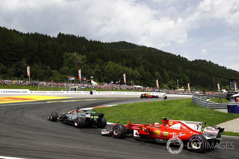 Ромен Грожан, Haas F1 Team VF-17, Кімі Райкконен, Ferrari SF70H