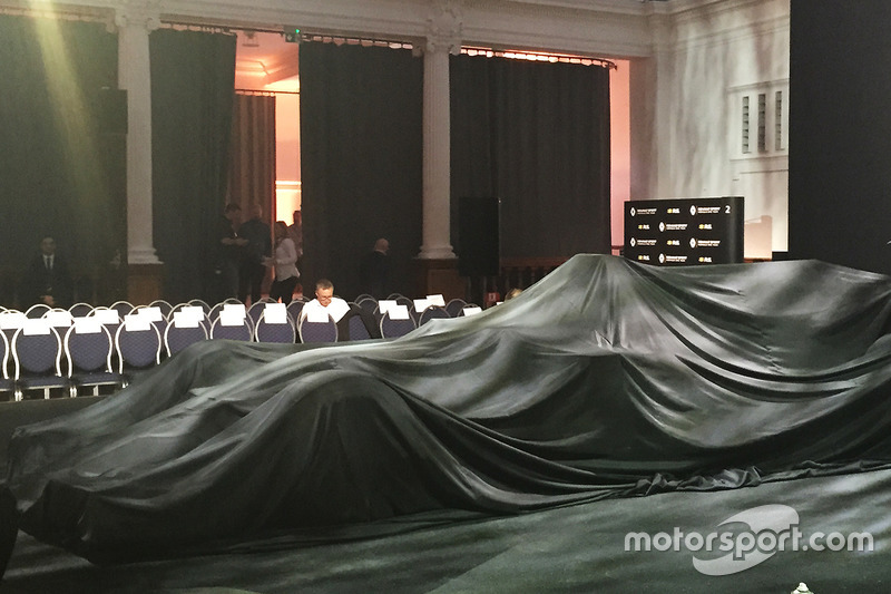 Renault Sport F1 Team RS17 under covers
