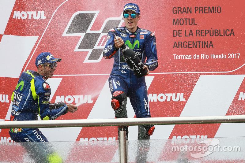Podium: Second place Valentino Rossi, Yamaha Factory Racing, Race winner Maverick Viñales, Yamaha Factory Racing