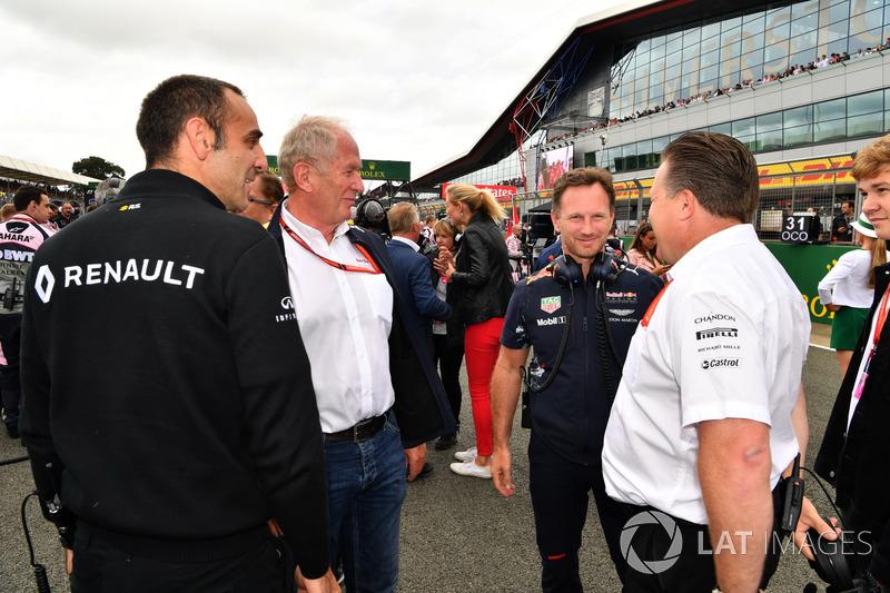 Cyril Abiteboul, Managing Director de Renault Sport F1, Dr. Helmut Marko, Red Bull Motorsport consul