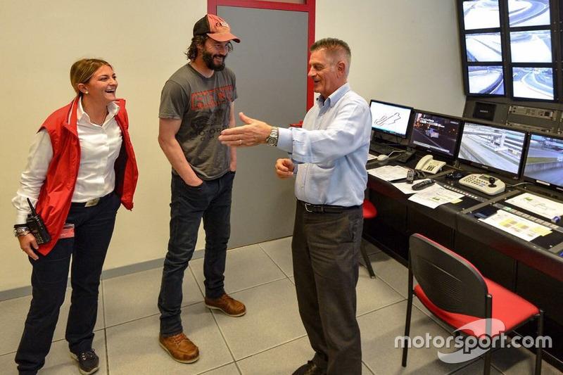 Keanu Reeves al Race Control del Mugello