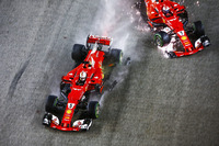 Аварія Себастьяна Феттеля, Ferrari SF70H, та Кімі Райкконена, Ferrari SF70H