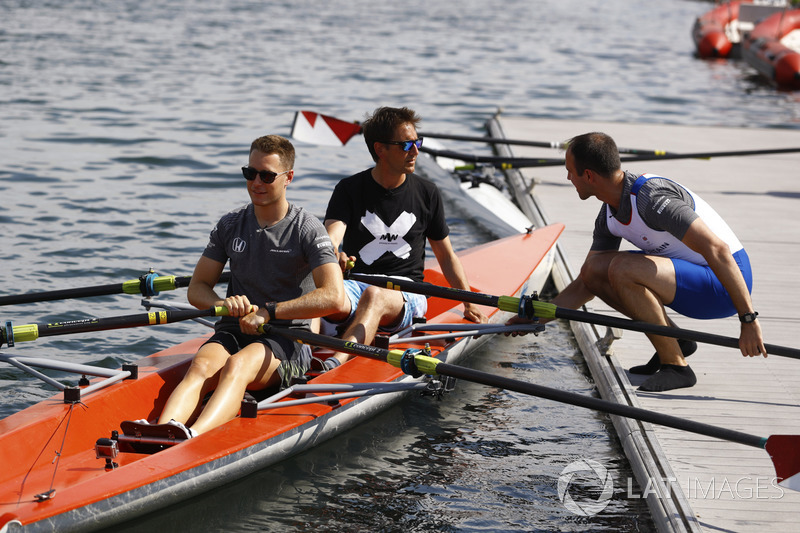 Стоффель Вандорн, McLaren, Том Кларксон, головний інженер McLaren Метт Морріс