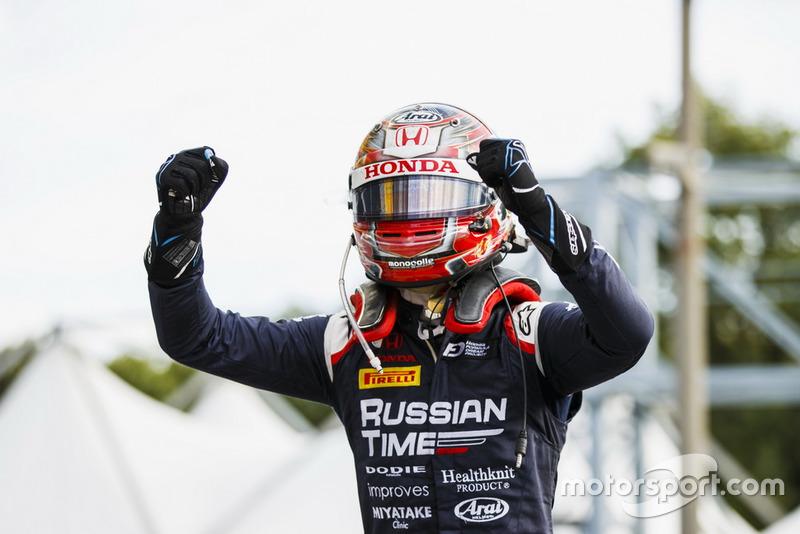 C'est la première victoire de Makino en Formule 2