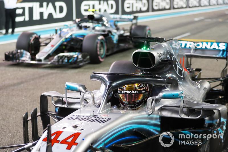 Льюіс Хемілтон,, Mercedes AMG F1 W09 EQ Power+, та Валттері Боттас, Mercedes AMG F1 W09 EQ Power+