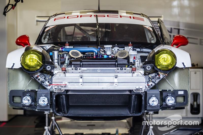 #91 Porsche Motorsport Porsche 911 RSR