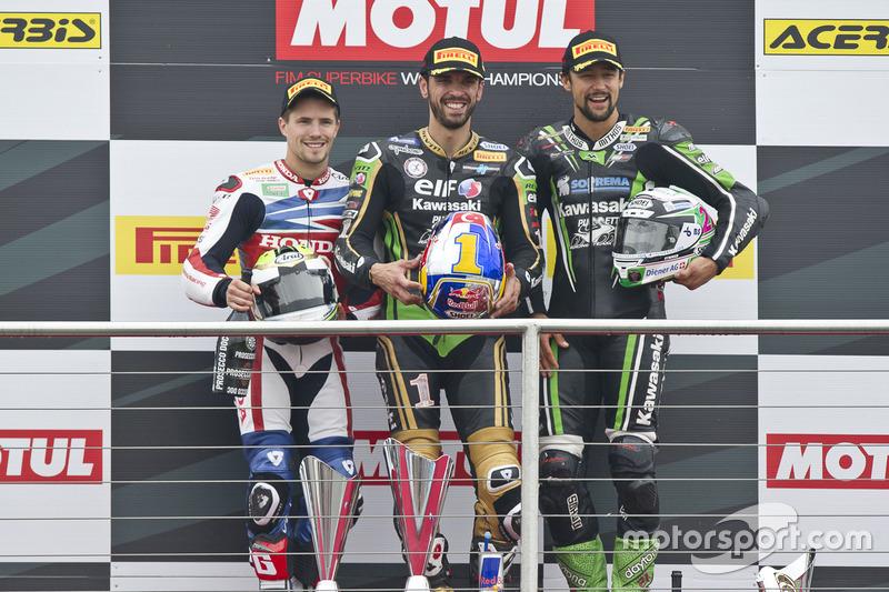 Podium : Sieger Kenan Sofuoglu, Kawasaki Puccetti Racing, 2. PJ Jacobsen, Honda World Supersport Te