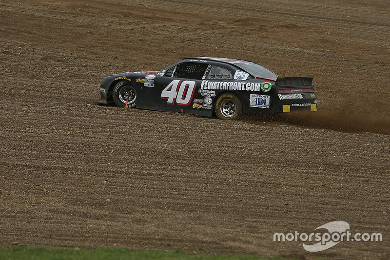 Alon Day, Dodge in trouble