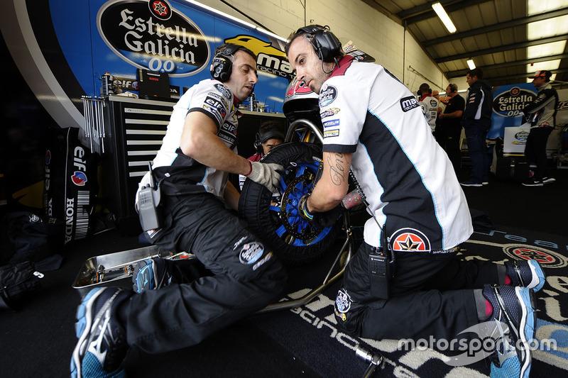 Marc VDS Racing Honda garage