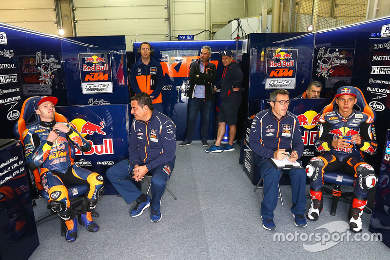 Brad Binder, Red Bull KTM Ajo, und Bo Bendsneyder, Red Bull KTM Ajo