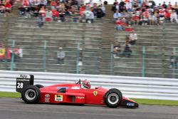 Kazuki Nakajima, drive a Ferrari F
