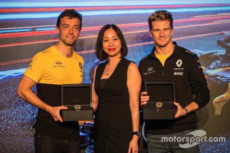 Jolyon Palmer, Renault Sport F1 Team;Nico Hulkenberg, Renault Sport F1 Team