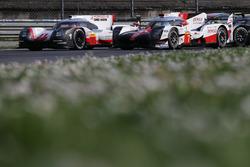 #1 Porsche Team, Porsche 919 Hybrid: Neel Jani, Andre Lotterer, Nick Tandy; #7 Toyota Gazoo Racing Toyota TS050 Hybrid: Mike Conway, Kamui Kobayashi, Yuji Kunimoto