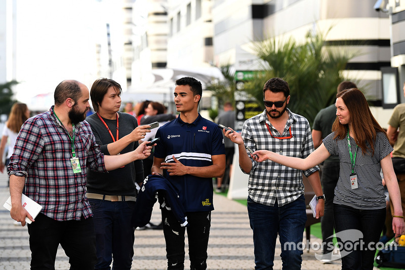 Pascal Wehrlein, Sauber talks with the media