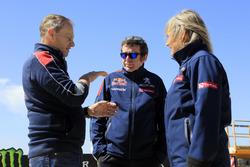 Team Peugeot-Hansen: Bruno Famin (Mitte) mit Susan Hansen (rechts)