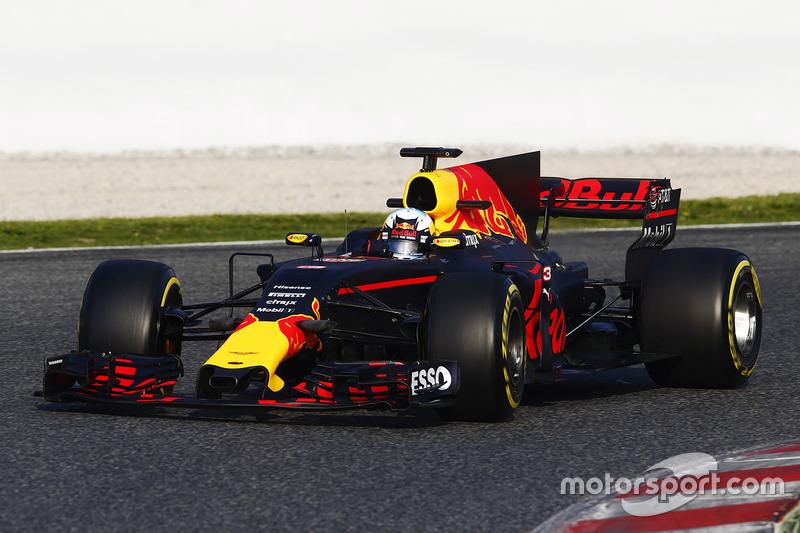 f1-barcelona-pre-season-testing-ii-2017-daniel-ricciardo-red-bull-racing-rb13