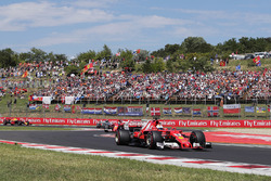 Sebastian Vettel, Ferrari SF70H, führt