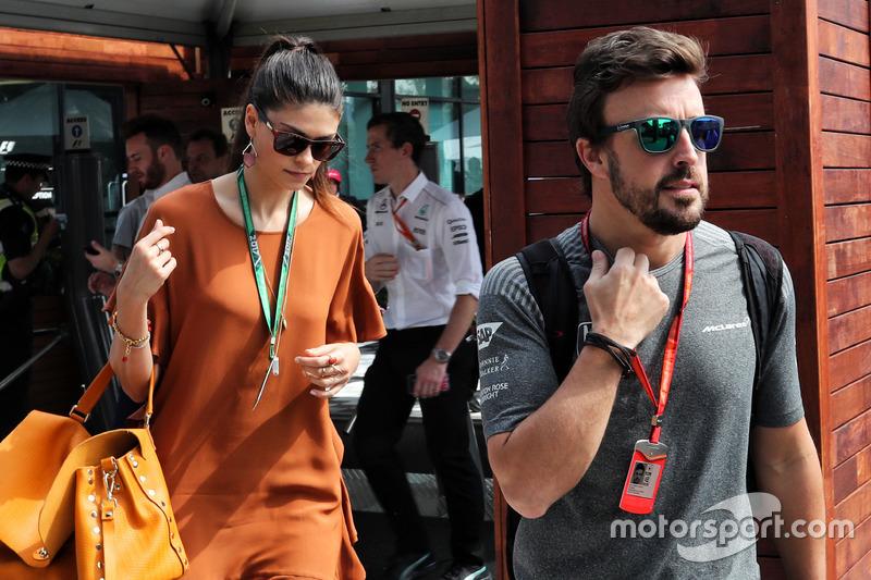 Fernando Alonso, McLaren; Linda Morselli